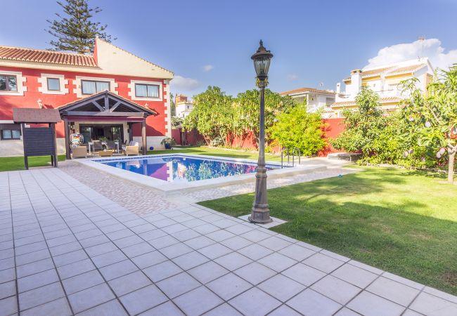 Villa en Rincón de la Victoria - Villa Añoreta Playa y Golf
