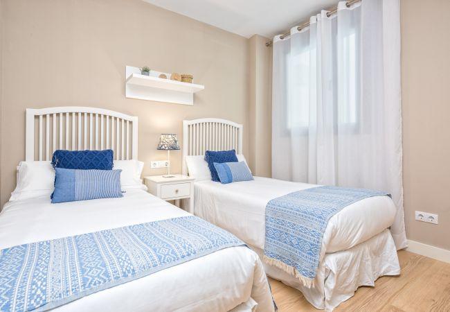 Apartment in Málaga - Pacífico 15