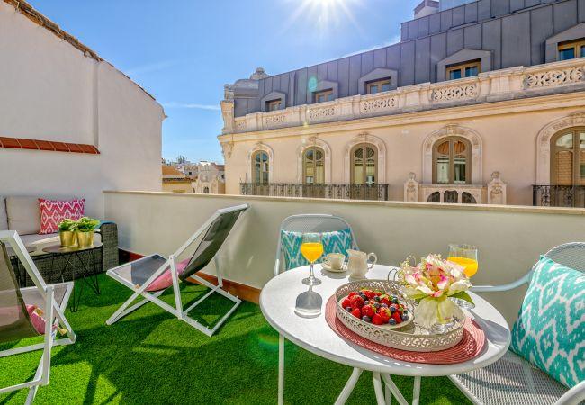 Apartment in Málaga - Atico Sebastian Souviron