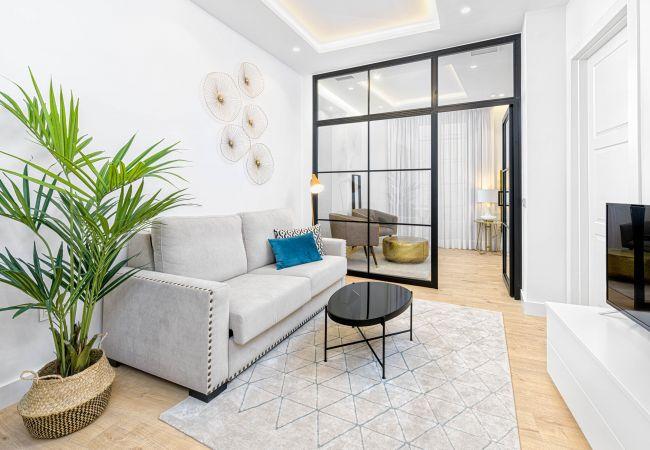 Apartment in Málaga - Calle Nueva Suites II - 1A